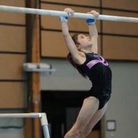 Oréane Léchenault au championnat régional individuel de gymnastique 2010