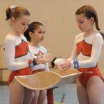 Oréane, Manon et Johanna au championnat régional de gymnastique par équipe en 2010