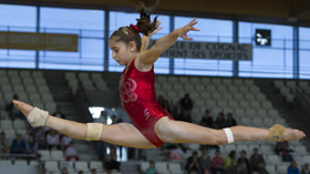 Oreane lechenault pensionnaire du pôle de Toulon de gymnastique