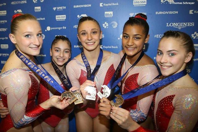 Marine Boyer, Marine Brevet, Loan His, Alison Lepin et Oréane Léchenault en Bronze lors des championnats d'Europe 2016 à Berne.